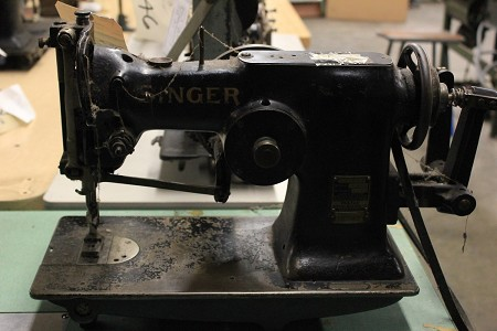 Singer 107w1  Head Only Tag # 4665
