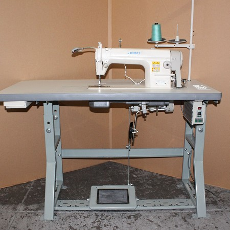 Single Needle sewing Machine Juki DDL-8500 w/ Servo Motor